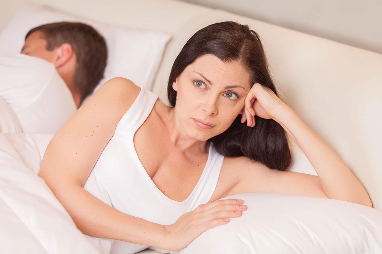 mujer molestada durante el sexo